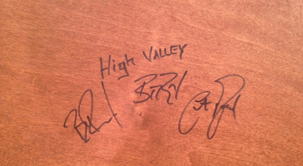 High Valley leaves their mark on the desk of Chevy Top 20 set.