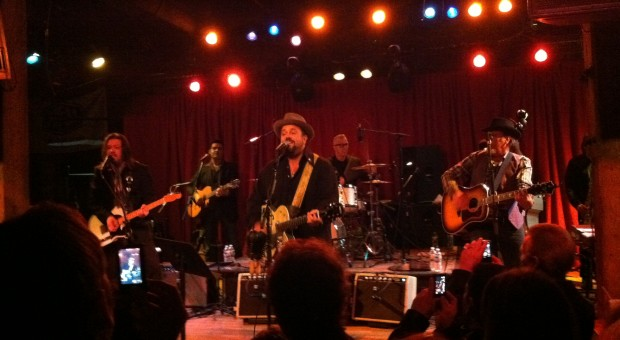 The Mavericks perform during CRS in Nashville