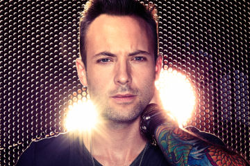 Review_Dallas Smith Lifted