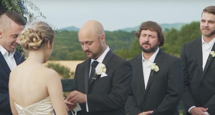 aaron-goodvin-woman-in-love - Top Country Wedding Songs