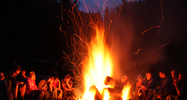 Best Country Campfire Songs Playlist